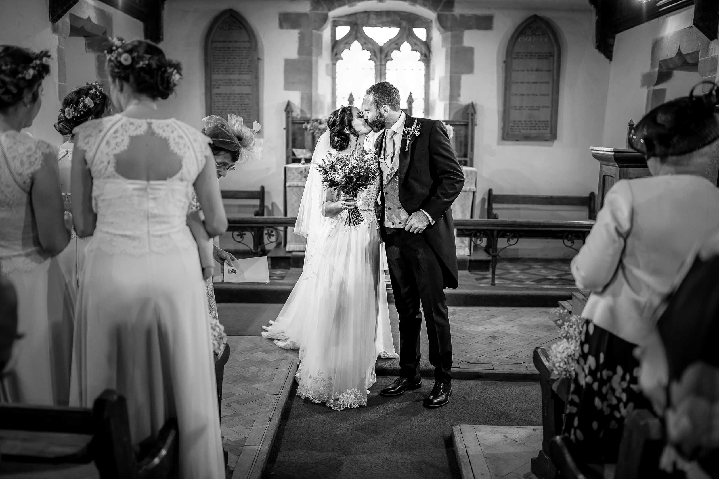 Bespoke by Nature, Lower House Farm, Herefordshire, Wedding, Photographer, Black mountains, Wedding Photography, Weddings, Photographers, Hereford, West-Midlands,