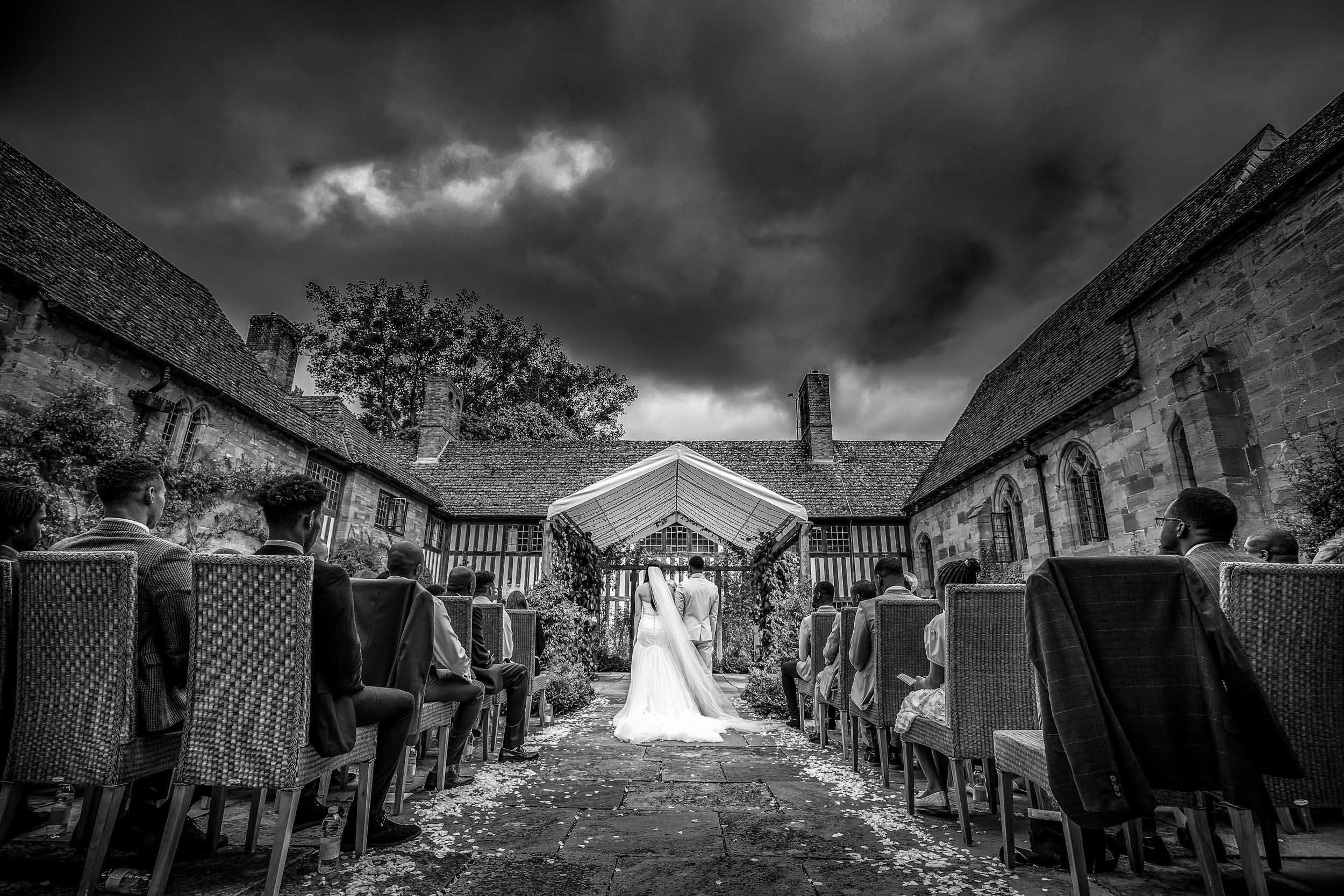 wedding photographers in Herefordshire, Herefordshire wedding photographer, Wedding Photographer, Brinsop Court wedding photographer, Wedding photographer at Brinsop Court, Herefordshire, West-midlands,