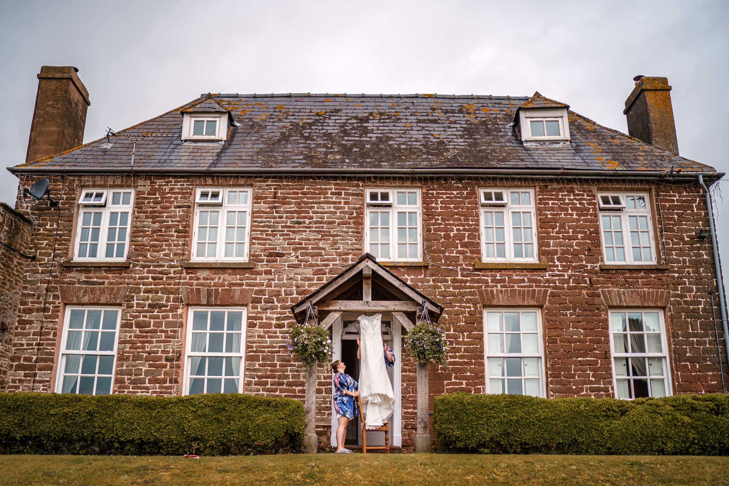 Herefordshire country wedding photographer