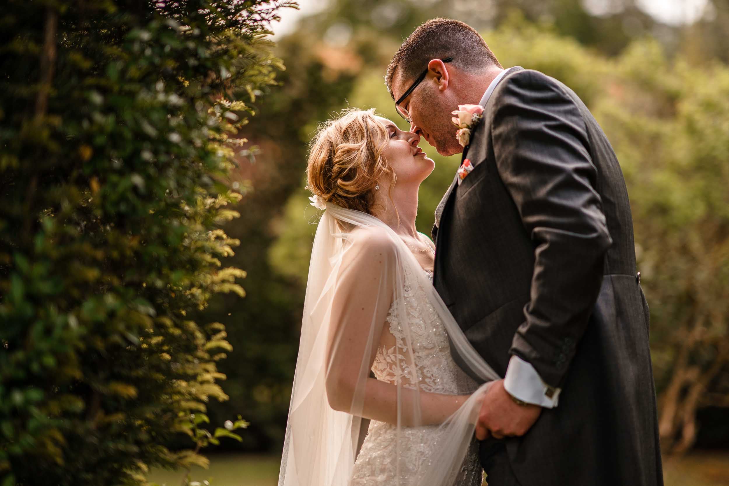 Hare and Hounds Hotel Wedding Photographer - Gloucestershire wedding