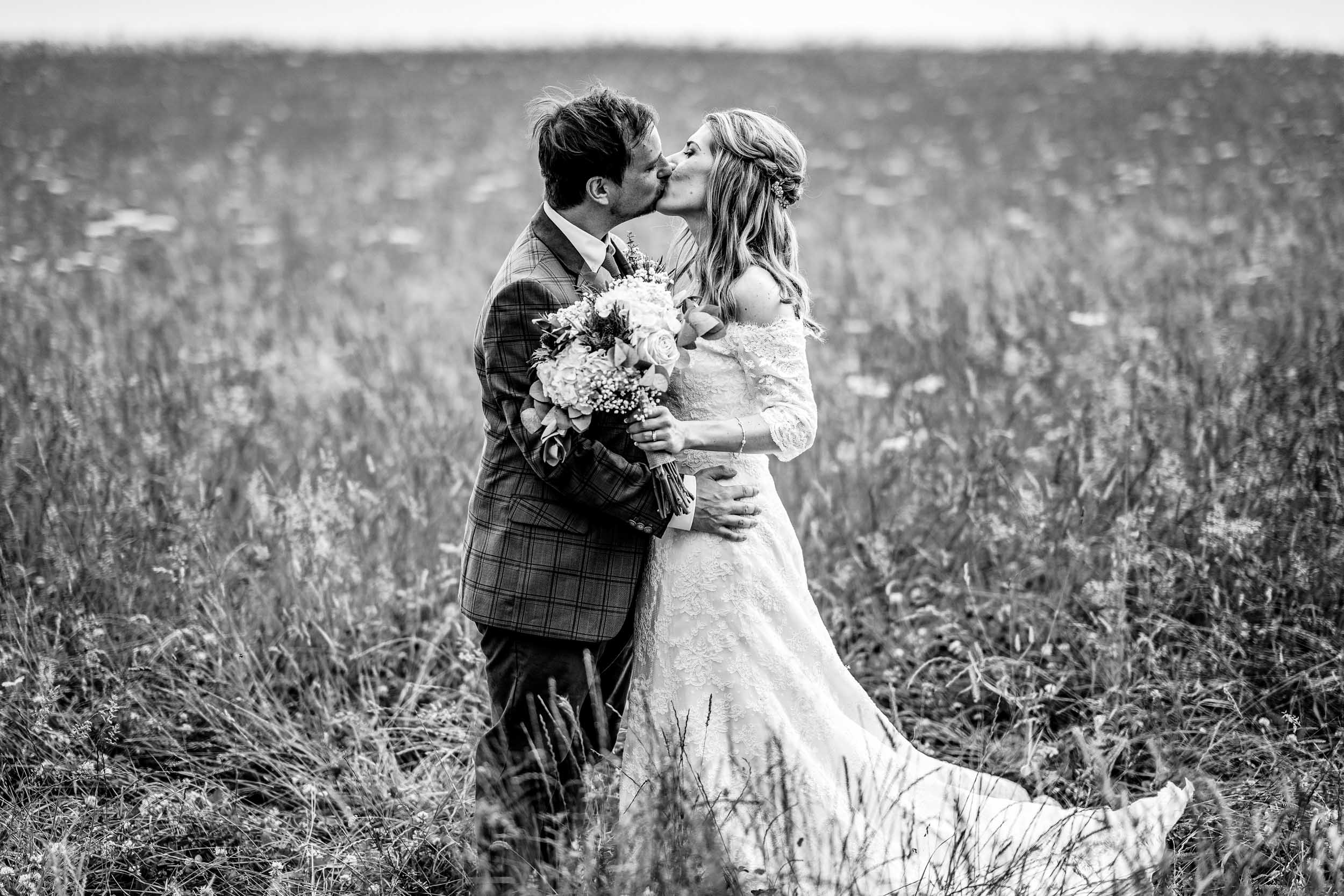 Cripps Barn Wedding Photography - Cotswolds wedding Photographer