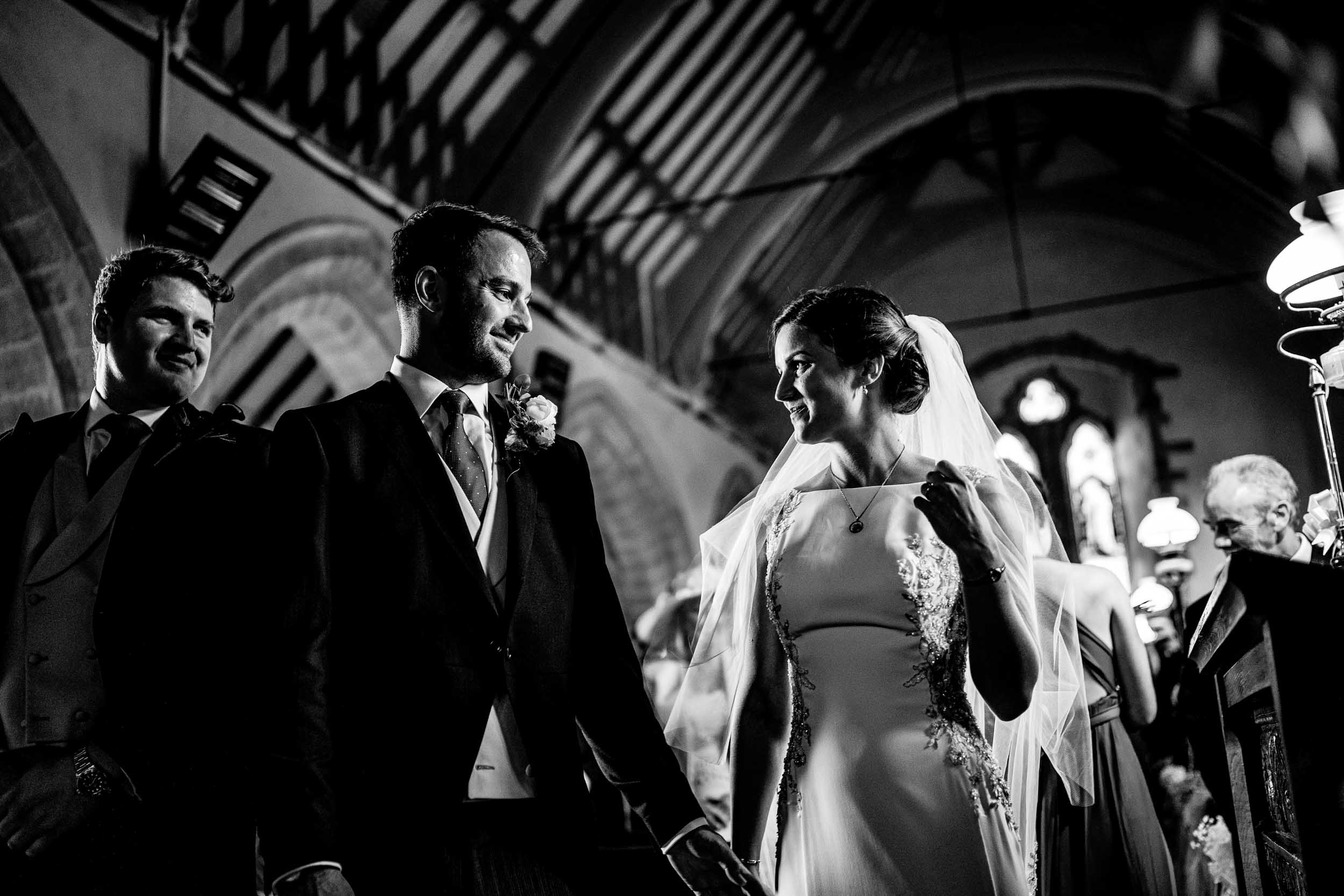 Herefordshire Wedding Photographers - Herford Farm House Wedding