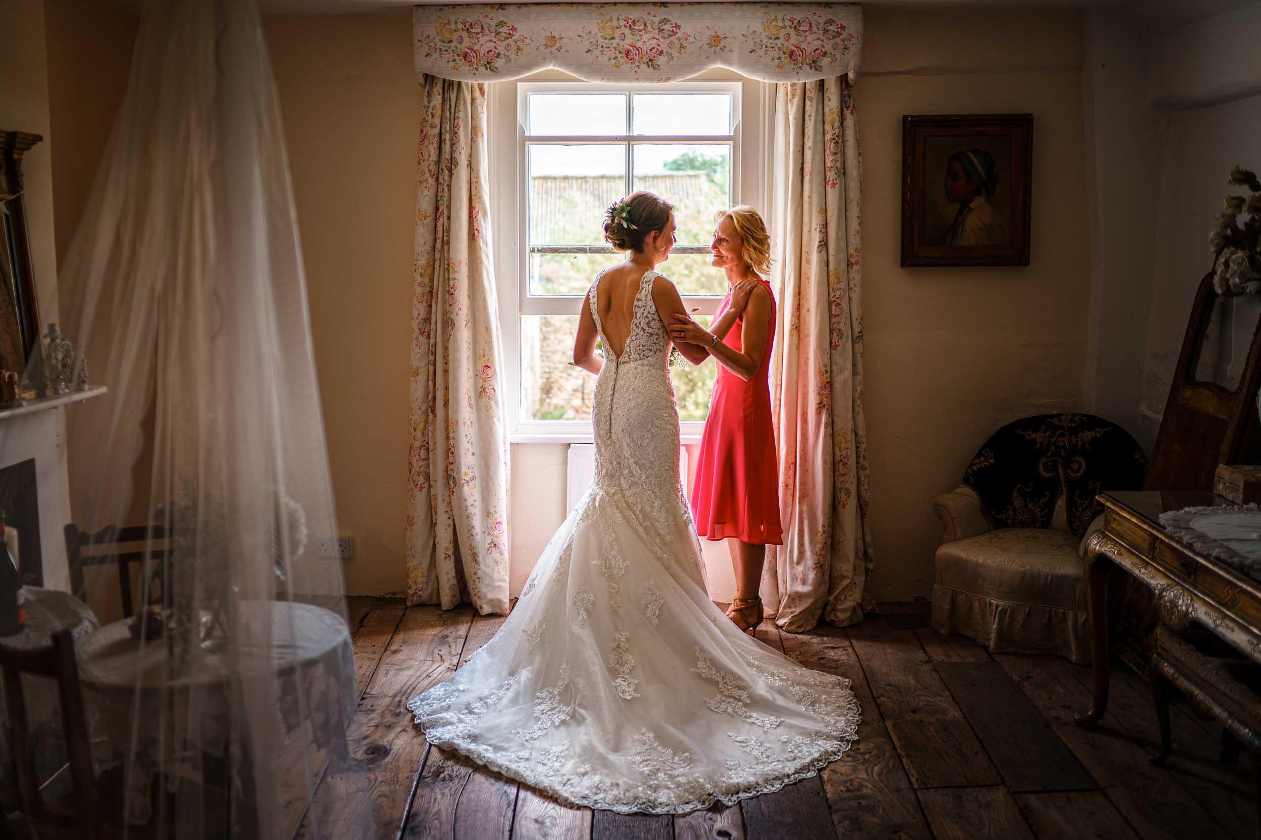 Lyde Court Wedding Photographer- Herefordshire Wedding Photography