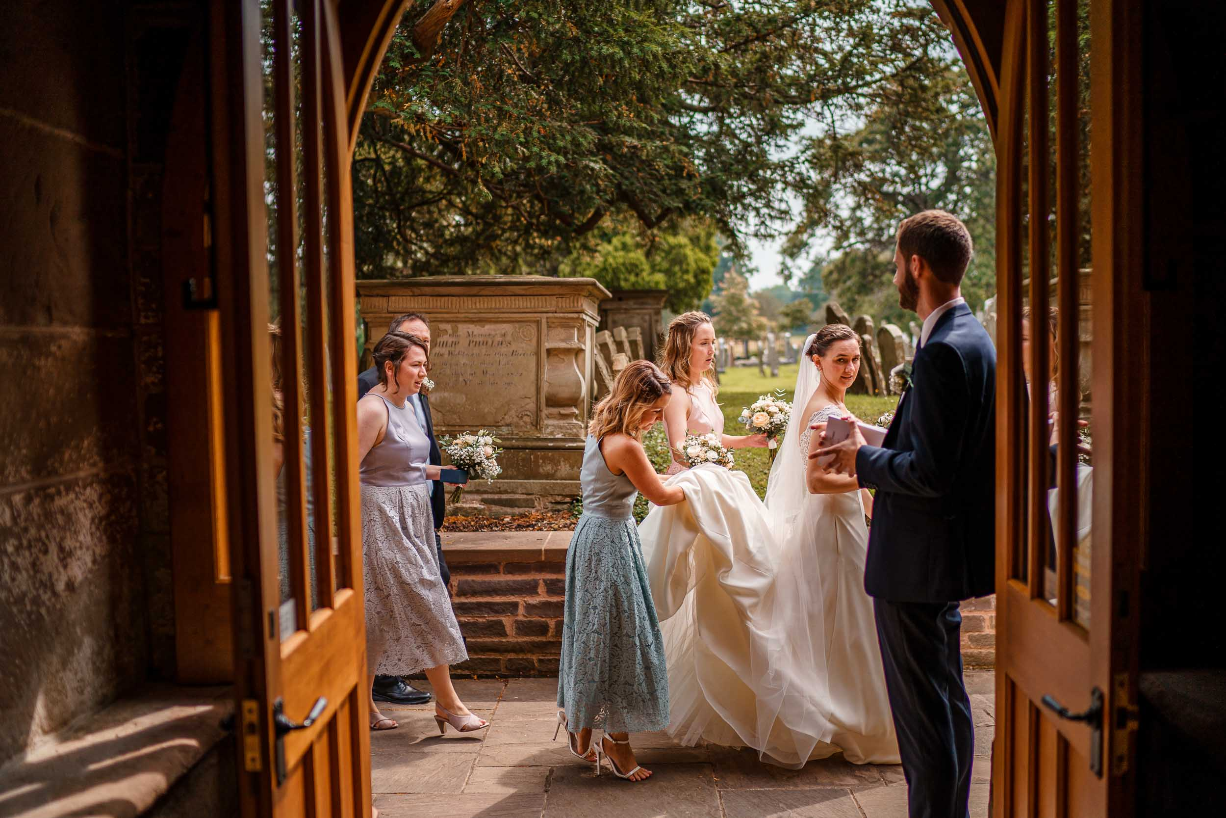 Herefordshire Wedding Photographer- Wedding Photography in Herefordshire venues